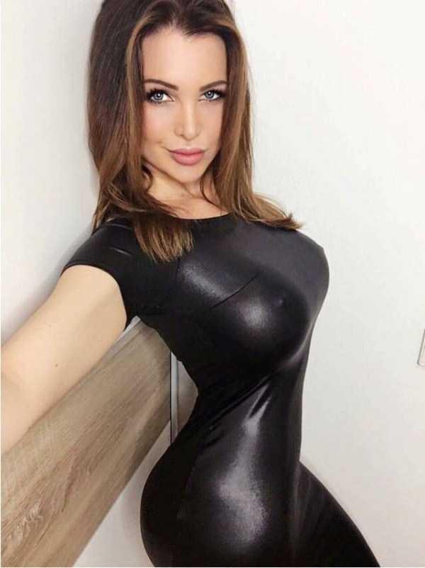 hot-women-klyker (64)