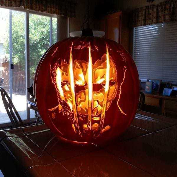 pumpkin-geek-carvings (25)