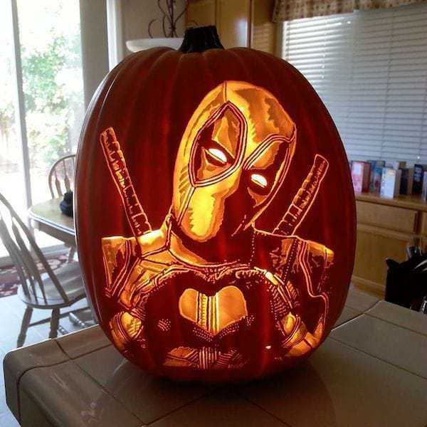 pumpkin-geek-carvings (8)
