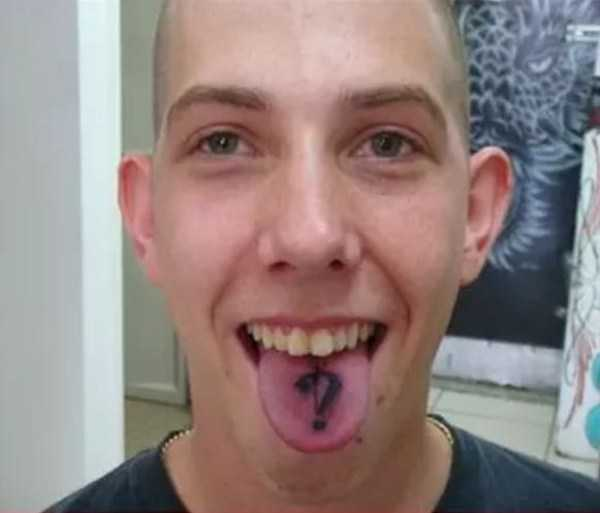 ridiculous-tongue-tattoos (2)