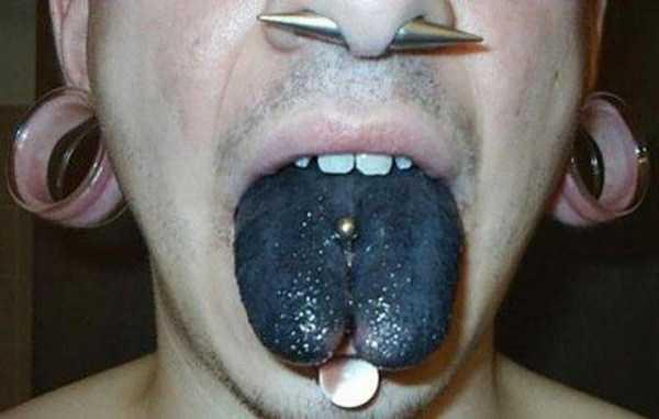 ridiculous-tongue-tattoos (29)