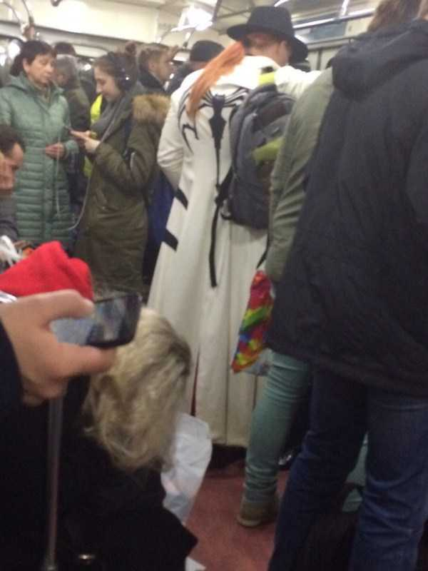 russian-subway-weird-fashion (18)