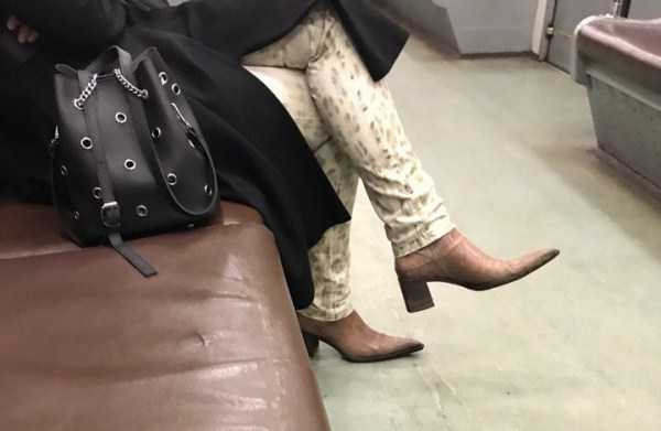 russian-subway-weird-fashion (21)