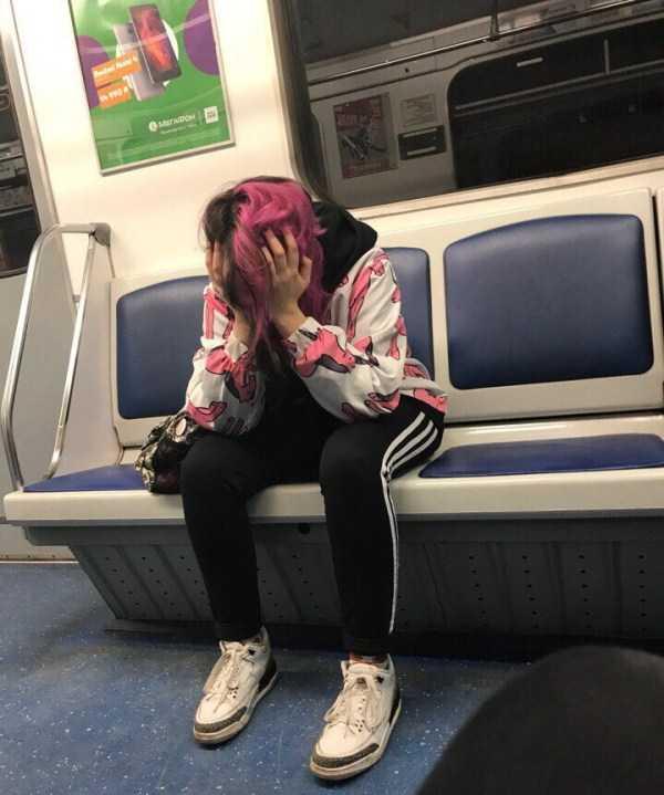 russian-subway-weird-fashion (24)