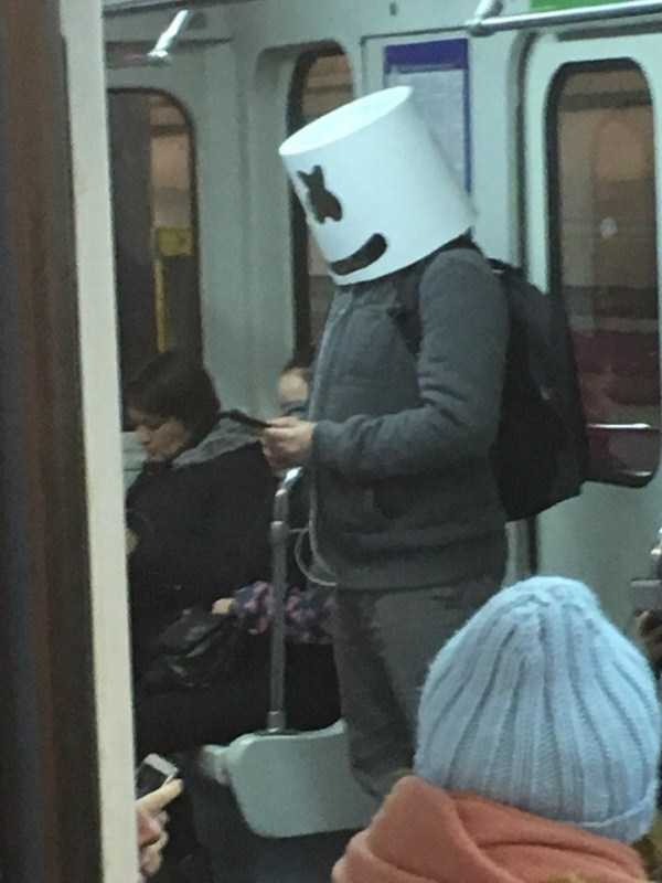 russian-subway-weird-fashion (25)
