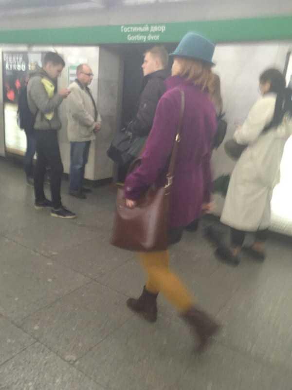 russian-subway-weird-fashion (26)