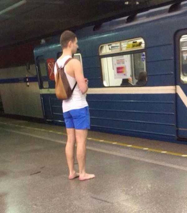 russian-subway-weird-fashion (28)