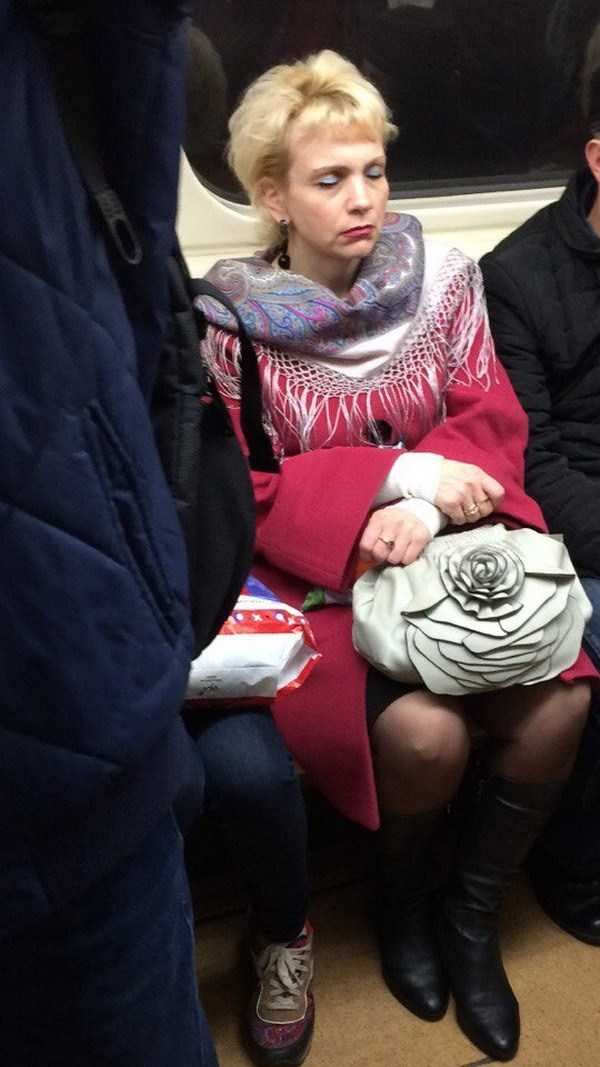 russian-subway-weird-fashion (29)
