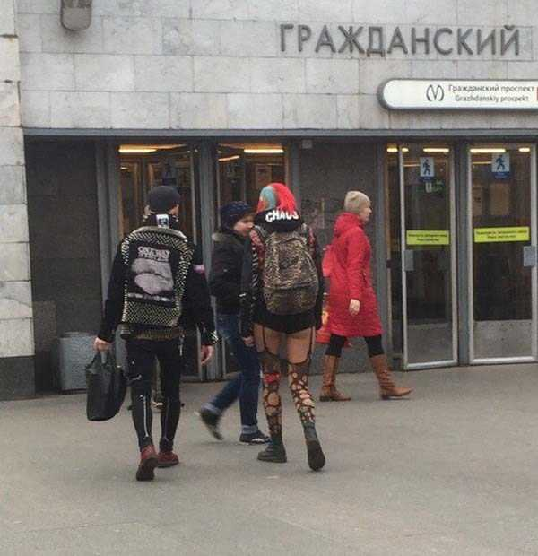 russian-subway-weird-fashion (32)
