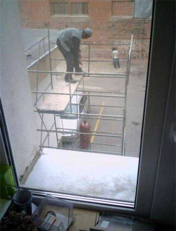 stupid-safety-fails (35)