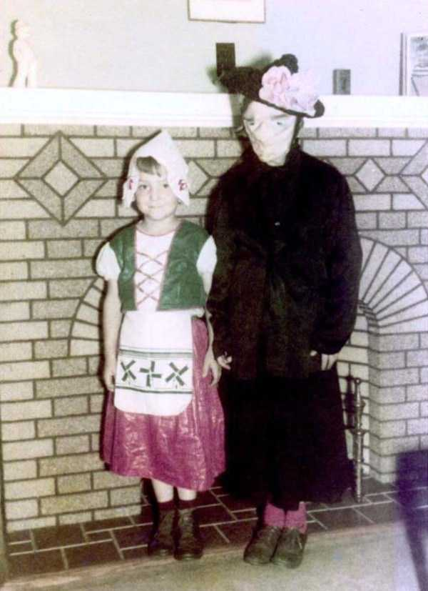 vintage-kids-halloween-costumes (58)