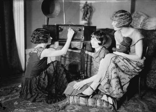 vintage-radio-photos (1)