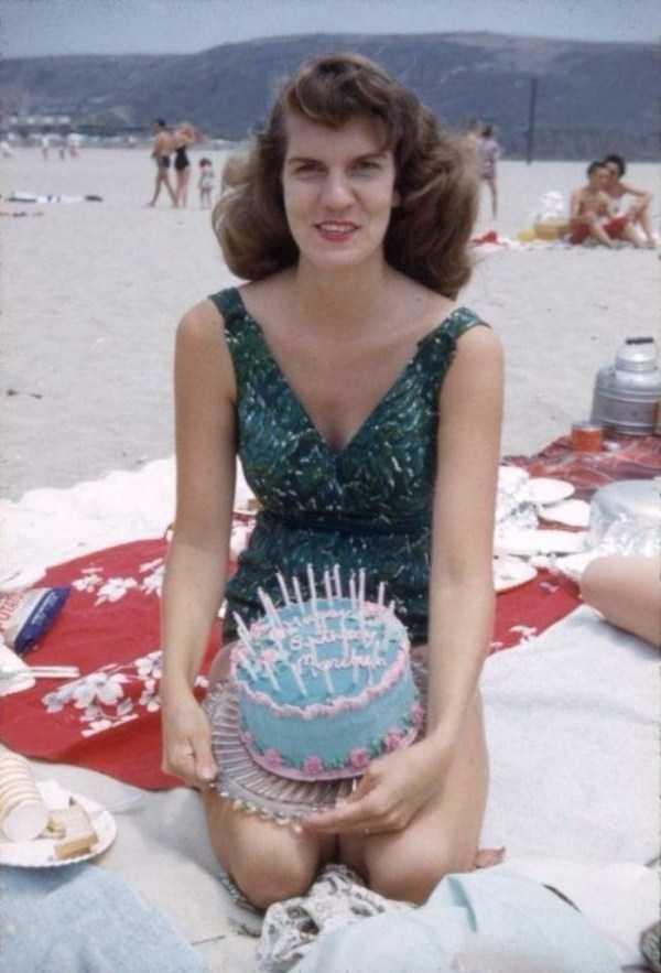 women-swimwear-1950s (17)