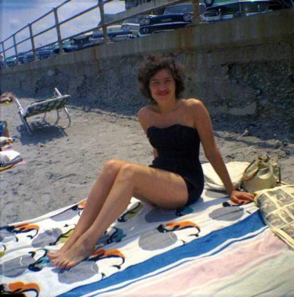 women-swimwear-1950s (19)