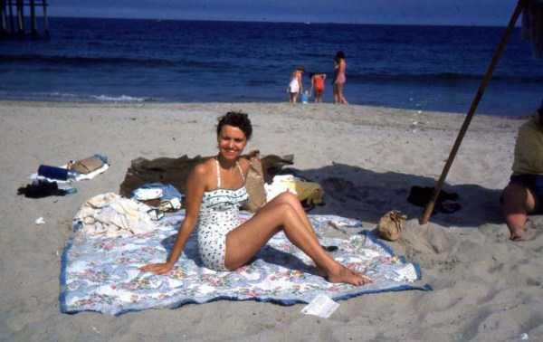 women-swimwear-1950s (20)