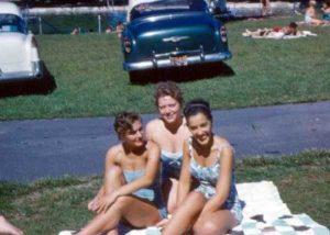 women-swimwear-1950s (27)