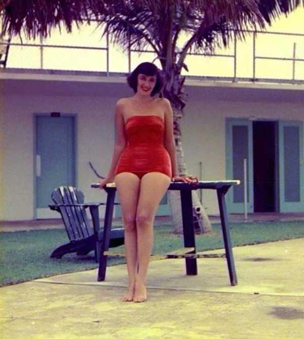 women-swimwear-1950s (28)