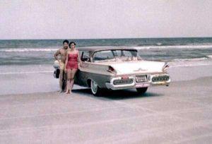 women-swimwear-1950s (29)
