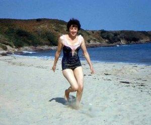 women-swimwear-1950s (35)