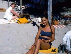 women-swimwear-1950s (36)