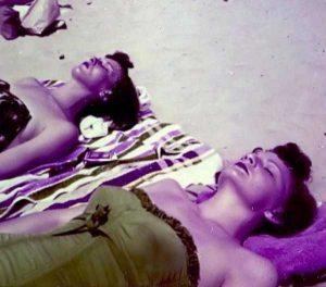 women-swimwear-1950s (6)
