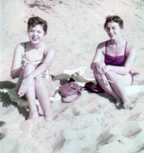 women-swimwear-1950s (7)