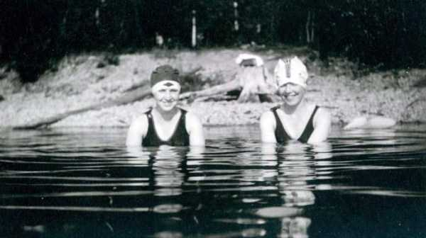 womens-swimsuits-1920s (10)