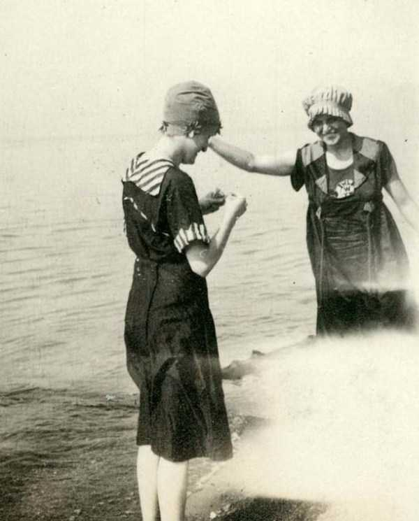 womens-swimsuits-1920s (16)