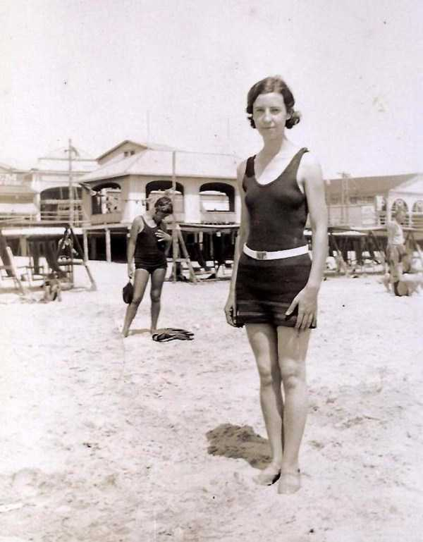womens-swimsuits-1920s (22)