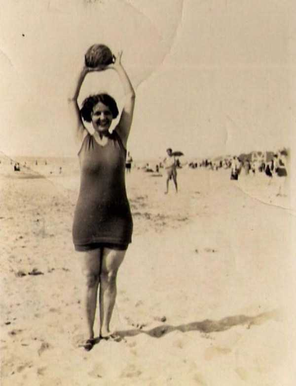womens-swimsuits-1920s (36)