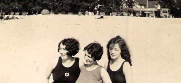 womens-swimsuits-1920s (37)
