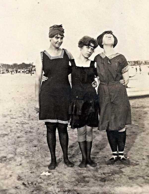 womens-swimsuits-1920s (41)