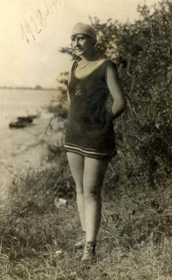 womens-swimsuits-1920s (42)