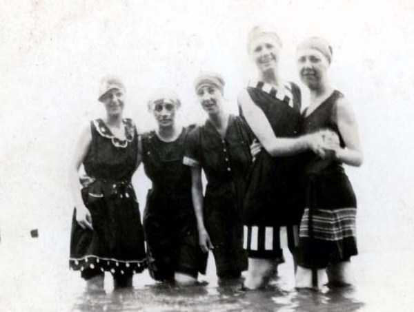 womens-swimsuits-1920s (5)