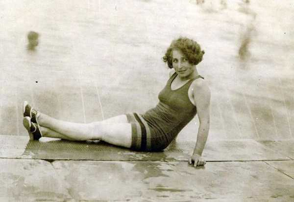 womens-swimsuits-1920s (9)