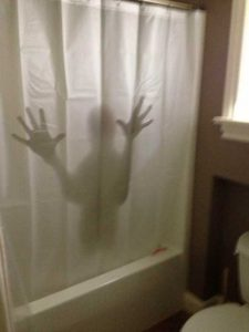cool-shower-curtains (21)