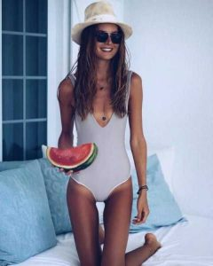 girls-in-one-piece-swimsuits (12)