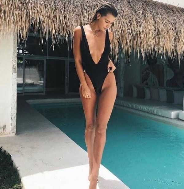 girls-in-one-piece-swimsuits (13)