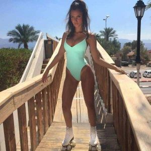 girls-in-one-piece-swimsuits (19)
