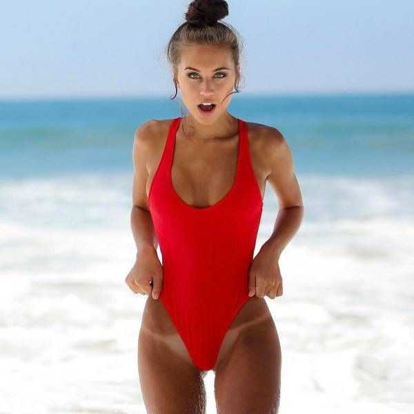 girls-in-one-piece-swimsuits (9)