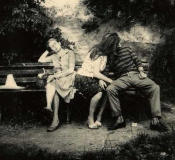 kissing-in-the-past (20)