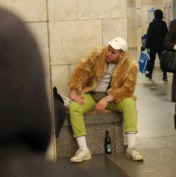 weird-russian-subway-fashion (13)