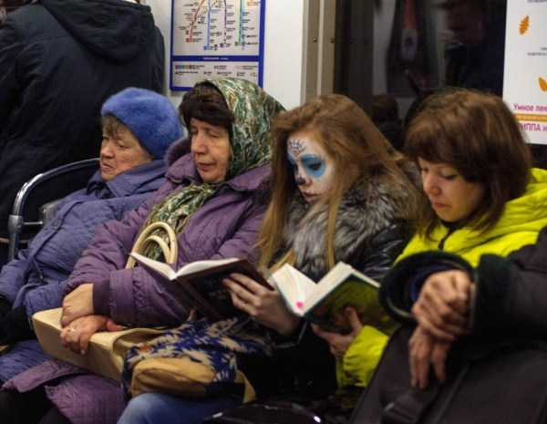 weird-russian-subway-fashion (2)
