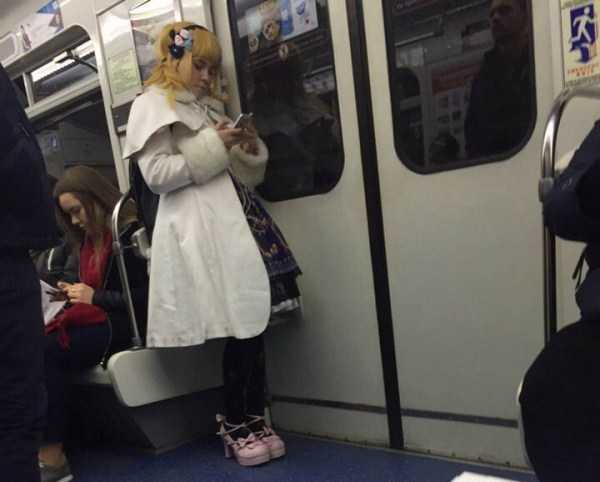 weird-russian-subway-fashion (25)