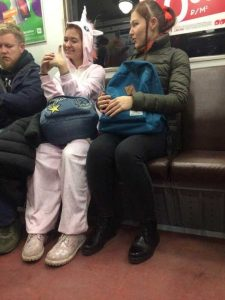 weird-russian-subway-fashion (30)