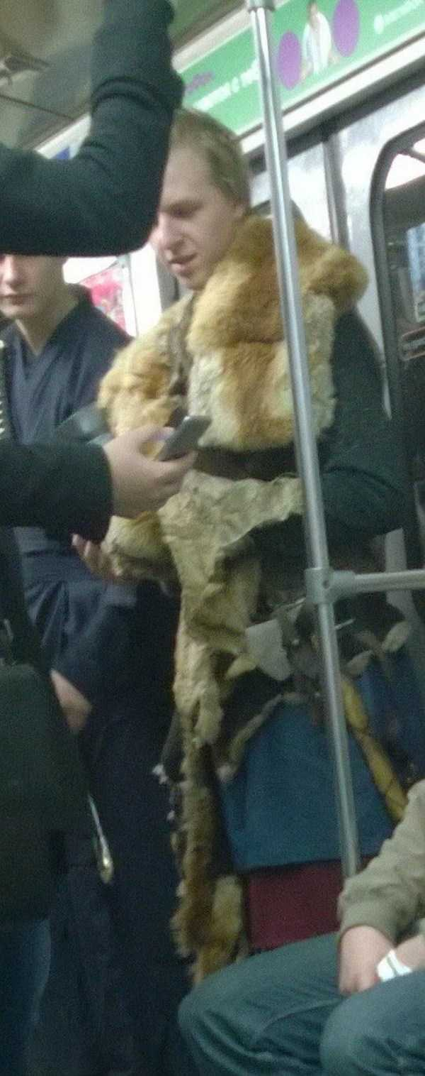 weird-russian-subway-fashion (32)