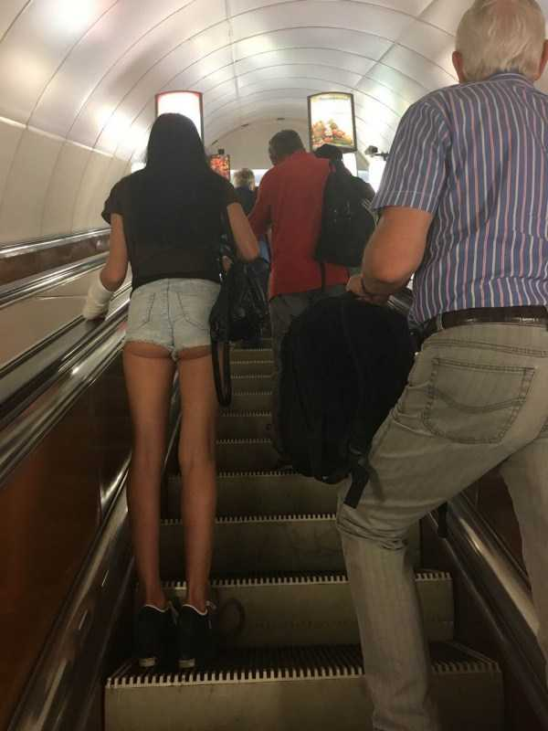 weird-russian-subway-fashion (8)