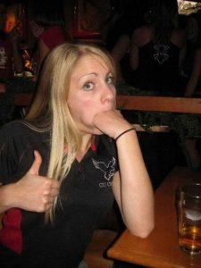 women-putting-stuff-mouth (26)
