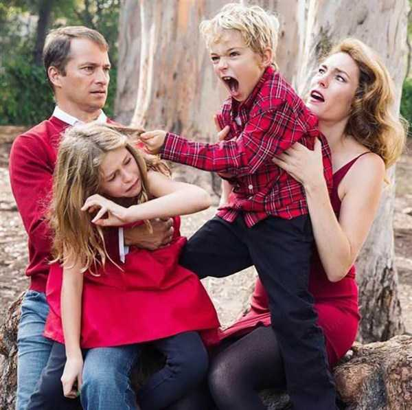 awkward-christmas-familiy-photos (2)