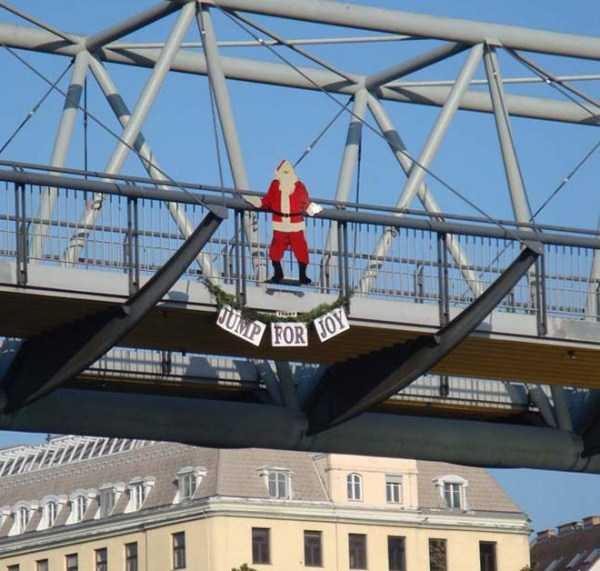 funny-christmas-stuff (8)